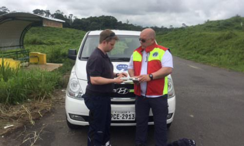 Hilfe für Erdbebenopfer in Ecuador: Erkundungsteam von I.S.A.R. Germany im Katastrophengebiet