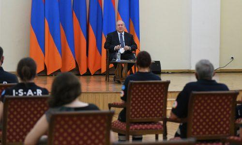 Armeniens Präsident dankt I.S.A.R.-Team